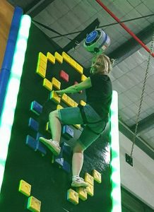 LJAMES Rock climbing